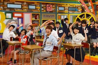 毎週月~金・午後5時30分、テレビ東京で生放送。動画配信サービス「Paravi(パラビ)」でも未放送部分を含めて同時配信