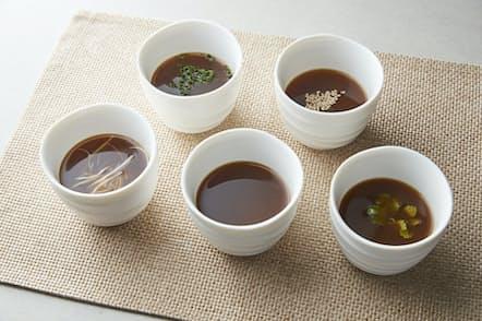 ブロススープ(写真はSaito Farmのボーンブロス)