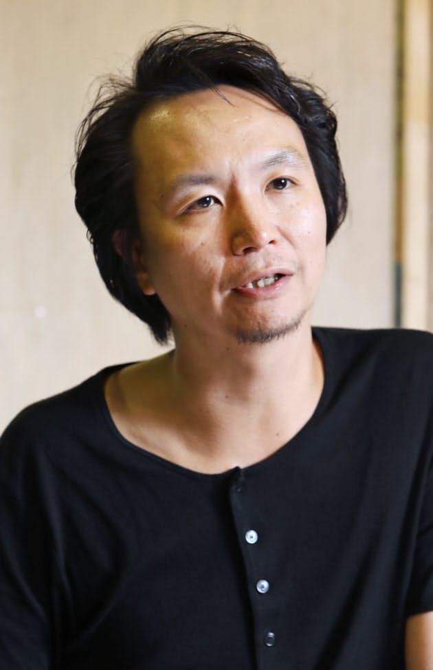 長塚圭史 主宰ユニット劇団化「創作の村を作りたい」|NIKKEI STYLE