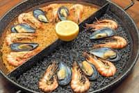 「スペイン料理 パブロ」の看板料理「ダブルパエリア」