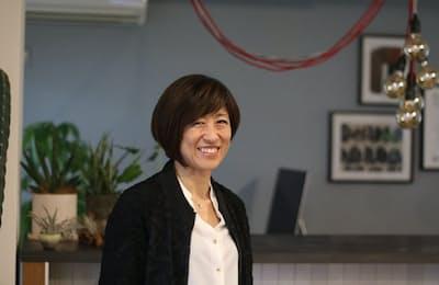 フィールグッドクリエーション代表取締役の玉井美由紀さんは日本に「CMFデザイン」を広めた先駆け的存在だ。