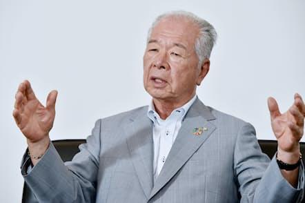 晩年の石橋オーナーに、10兆円企業への発展を誓った樋口武男会長