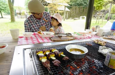 子連れバーベキューは、事前の仕込みで子どもも大人も大満足