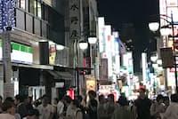 かつても今も不夜城の新宿・歌舞伎町は都会で働く人々を引き付ける