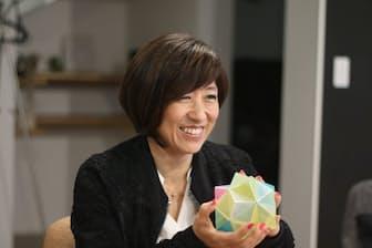 玉井美由紀さんは小学生のうちから色の感覚を意識していたという