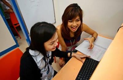 留学生の節約志向を背景に、東南アジアへの留学が増えている(フィリピン・セブの授業風景)