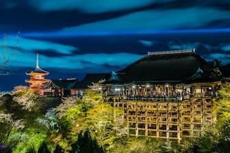 清水寺の特別拝観=PIXTA