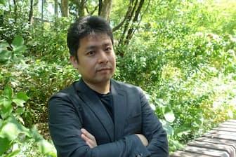 斎藤和紀氏は、経営者にとって大事なのは小手先のITスキルより、成長事業を思い描く構想力と強調する