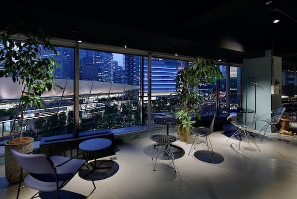 カジュアルな雰囲気のシェアオフィス「ワークスタイリング八重洲」