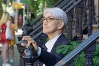 「最近はアジア映画が元気で熱い」と話す坂本龍一さん(マンハッタン・ウエストビレッジで)