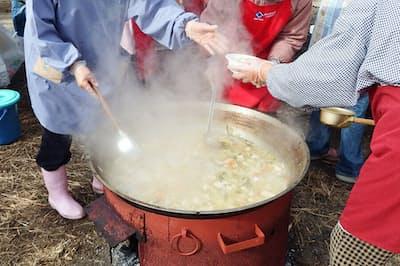 被災者への食料配給問題は阪神大震災でも課題になった。画像はイメージ=PIXTA