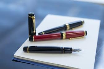 「パイロットらしい高級万年筆を作ろう」と考え開発されたカスタムURUSHI