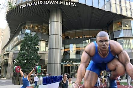 ミッドタウン日比谷で開かれた東京五輪・パラリンピックのPRイベント「ふつうじゃない2020展」(18年8月、東京都千代田区)