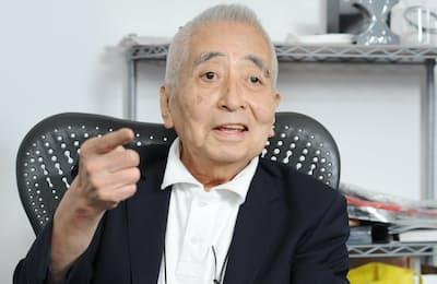 1941年東京都生まれ。広告会社を経てCBS・ソニーレコード(現ソニー・ミュージックエンタテインメント)に入社。98年に社長就任。ゲーム機「プレイステーション」の商品化にも関わる。