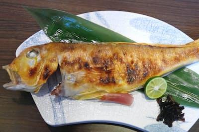 アマダイ独特の繊細な甘みを引き立てる「若狭焼き」は京料理でも定番の一つ(小浜市の若杉末広亭)