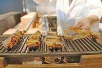 「やきとりスタジアム東京」で焼きたての焼き鳥を楽しむ