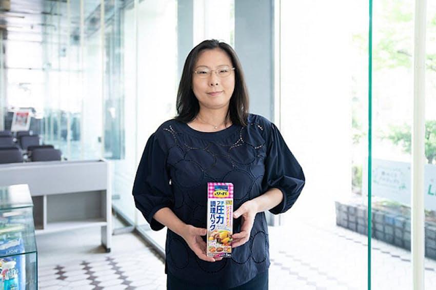 「手作り料理を簡単に」という思いから圧力調理バッグを企画・開発したライオンの渋谷恵さん