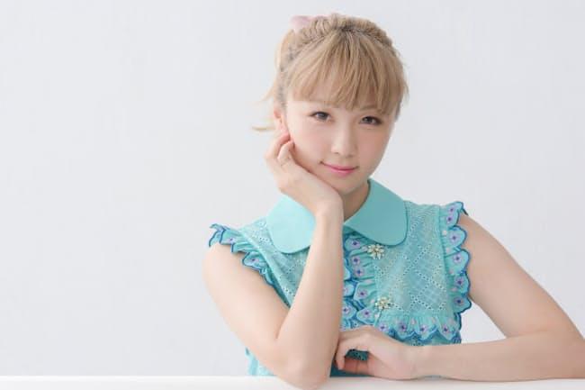 通算7枚目のシングル「Wonderland」をリリースしたDream Amiさん。映画「オズランド 笑顔の魔法おしえます。」の主題歌で、自ら作詞を手がけた