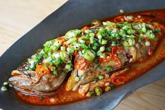 発酵させた白身魚を使った中国南東部・湖南省の代表料理「臭魚(チョーユィー)」 湖南料理は中国8大料理の一つ