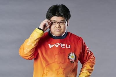 決めのポーズをとるあるじ選手(「名古屋OJAベビースター」のプロフィル写真から)