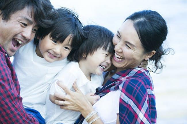 ワーキングマザーが育児中にもモチベーションを維持し、昇進の見通しを失わずに働き続けるための方法とは(写真はイメージ=PIXTA)