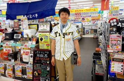 ジョーシン浦和美園イオンモール店の炊飯器売り場。同店スタッフの篠崎雄太氏に解説してもらった