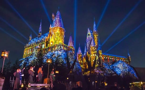 開催中の冬期限定イベント「ウィンター・イン・ザ・ウィザーディング・ワールド・オブ・ハリー・ポッターTM」 TM &(C) Warner Bros. Entertainment Inc. Harry Potter Publishing Rights(C)JKR. (s18)