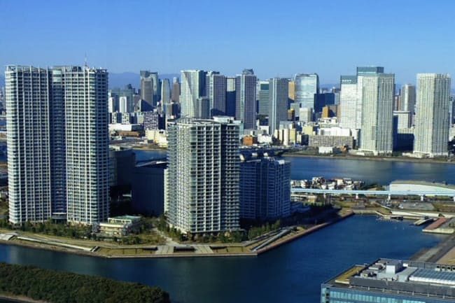 東京・臨海部にはタワーマンションが林立する