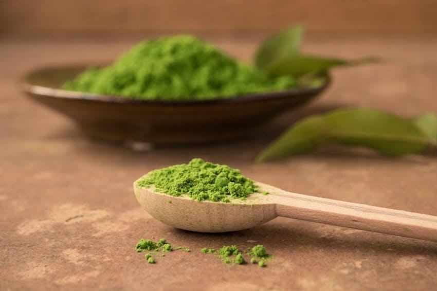 抹茶は健康維持を助け、代謝を促進するなど美肌効果も