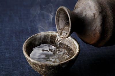 怖い糖化を抑えるには、食事そして飲酒をどうすればいいのだろうか。写真はイメージ=(c)wnaoki-123RF
