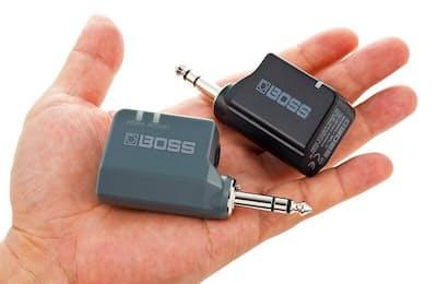 エレキギターやベース、シンセサイザーなどをワイヤレス化できるBOSS「WL-20L」。実売価格は2万円弱