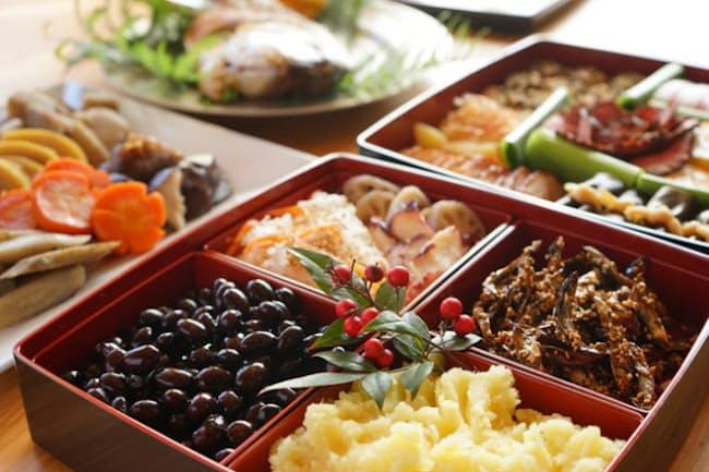 正月に食べる祝いの料理「おせち」 今が予約のピーク=PIXTA
