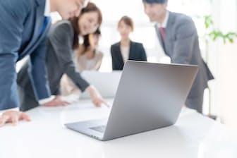 情報量が少なかった人ほど、転職を考える割合が高いという。写真はイメージ