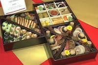 松屋が販売するバブル世代向け「和洋中三段重プレミアム」は高級ホテル「ザ・ペニンシュラ東京」が手掛ける