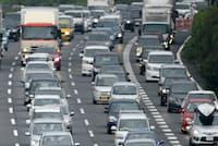 自動車保険には運転者を限定することで保険料を割り引く契約がある