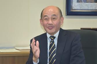 横浜市立南高校の三浦昌彦校長は「生徒が自分で自分の生き方を見つけることが大切」と話す