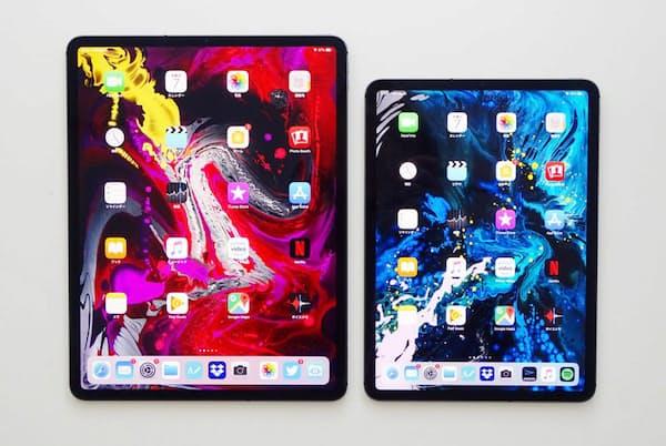 旧世代のiPad Proを愛用する津田大介氏が、発売されたばかりの新iPad Pro2機種を試用した(写真 山本敦)