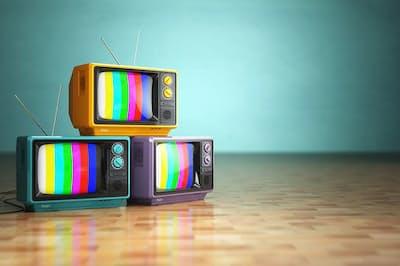 日本アドバタイザーズ協会(JAA)に加盟する企業の宣伝部長クラスにテレビCMに関するアンケートを実施したところ、103社中37社から「社内でテレビ媒体の利用をやめてみてはどうかという意見が挙がったことがある」との回答が寄せられたという