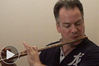 ベルリン・フィル首席フルート奏者パユ 一流のソロ術