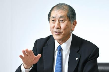 田中愛治総長は「早稲田史上最大の決意と覚悟を持って、世界トップクラスの大学になる」と話す