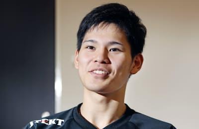 「練習より試合の方が高く飛べる」と話す西田有志さん