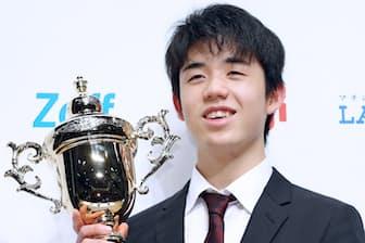 藤井聡太七段の快進撃が続き、将棋に関心を持つ人が増えている