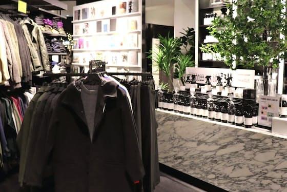服と生活雑貨を販売しライフスタイルを提案