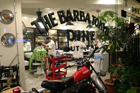 男たちのガレージをイメージした「THE BARBA TOKYO DINE」(東京都千代田区)