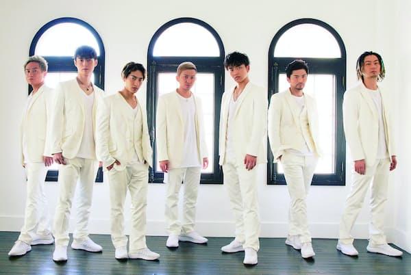 1997年デビュー。2009年に新メンバーが加わり、14年から現在の7人体制で活動している。右からTOMO、U-YEAH、KENZO、ISSA、DAICHI、YORI、KIMI。12月12日にベストアルバム『THANX!!!!!!! Neo Best of DA PUMP』をリリース。19年2月には『U.S.A.』に続く新曲をリリース予定(写真:中村嘉昭)