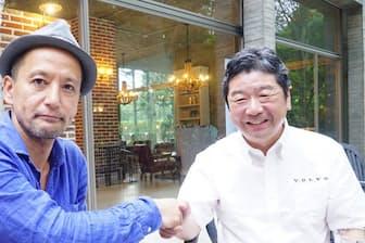 ボルボ・カー・ジャパンの木村隆之社長(右)と小沢コージ氏