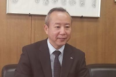 愛知県立岡崎高校の竹下裕隆校長