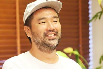 シンガタのクリエーティブディレクター・権八成裕氏