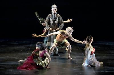 舞踏家・笠井が自身の集大成と話すダンス作品「高丘親王航海記」=守屋 友樹撮影