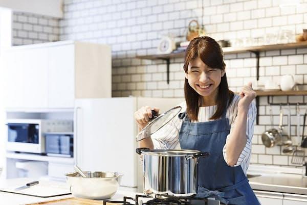 スグレモノ調理器具を使えば料理の手際がよくなる(写真はイメージ=PIXTA)